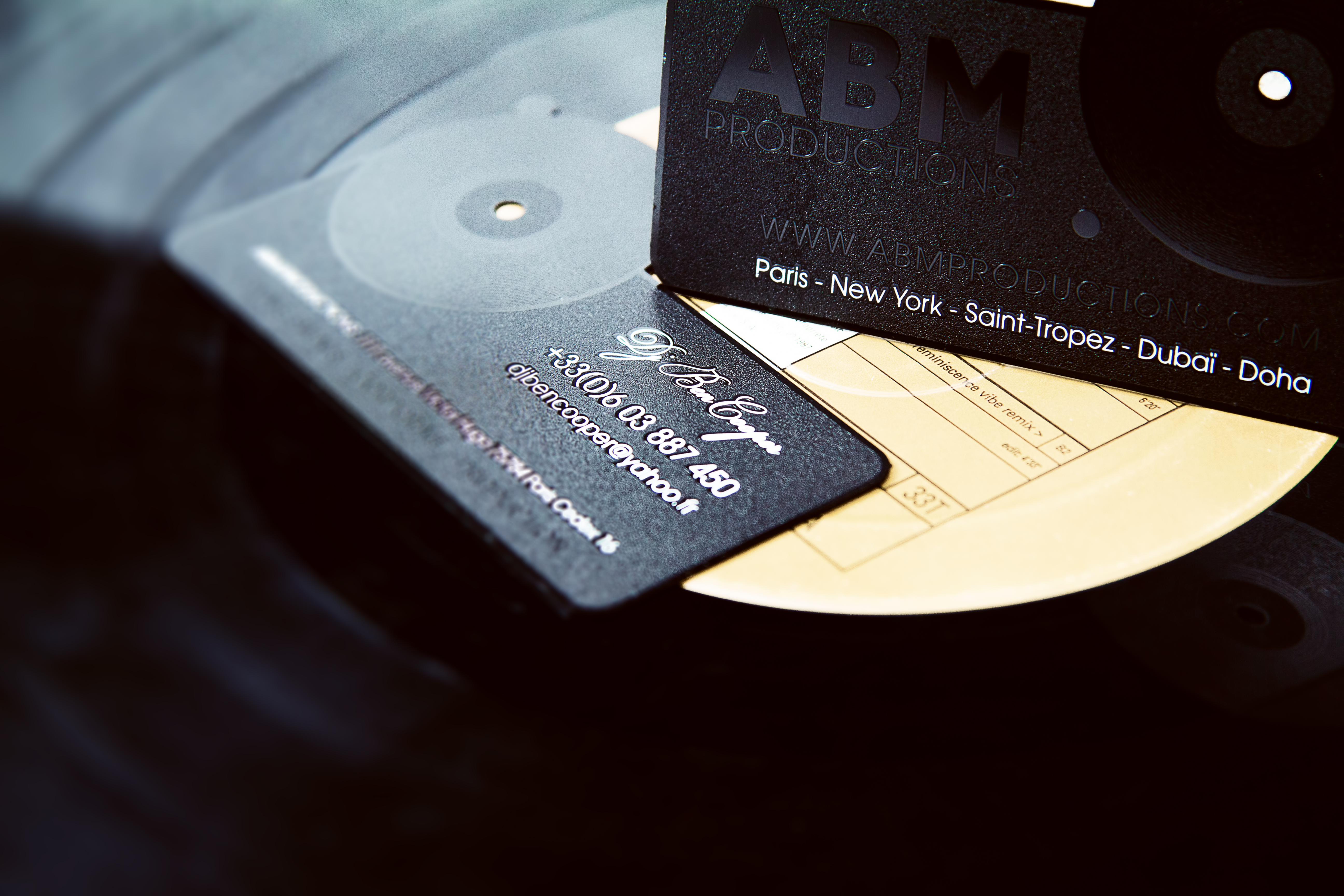 Connu Black Metal Business Card | Impression de Luxe RB82